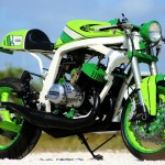 Craig paints motorcycles in Tampa Florida